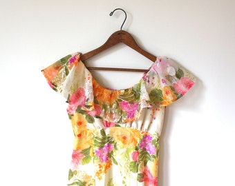 vintage RUFFLED floral maxi. XS/SM