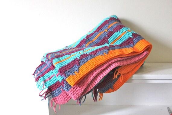 vintage SOUTHWESTERN knit afghan.