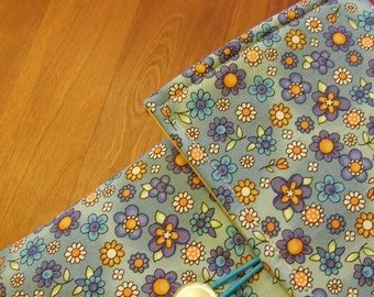 MacBook / MB Pro / MB Air Laptop Sleeve in Blue Floral Fabric