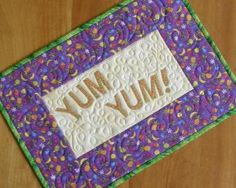 Yum Yum Premium Mini-Quilt Placemat