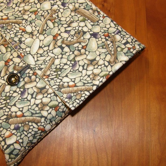 MacBook / MB Pro / MB Air Laptop Sleeve in Sticks and Stones Fabric