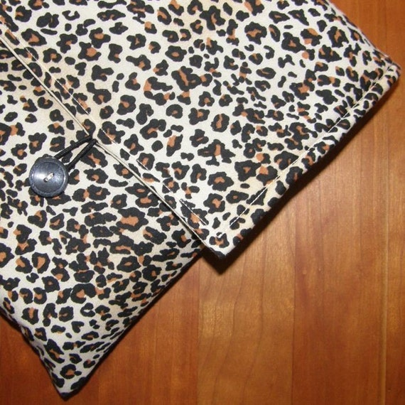 MacBook / MB Pro / MB Air Laptop Sleeve in Leopard Spots Fabric
