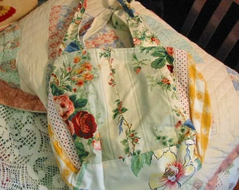 Sweet SPRING ROSES Shoulder Bag PURSE, Flowery Bouquets & Leaves, Gold Gingham, Soft Cotton Fabrics, Pocket, Padded Handles, Lined Washable