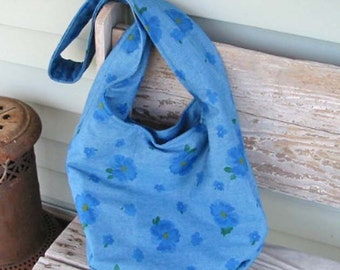 BLUE DENIM & Roses MESSENGER Sling Bag Roomy Cross Body Style, Inside Pockets Lined, Books Lap Top Diapers, Magnet Snap Friendly Hands Free