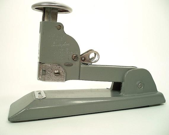Retro Office Gear - 1930s -1940s Swingline Stapler, Model No. 13
