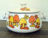 Retro Polka Dot Mushroom and butterfly bean pot