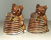 Vintage chalkware Salt Lake City Salt and Peppers Souvenirs Bears with beehives