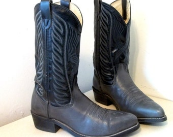 Vintage Black and gray Cowboy Boots size 10 D or Cowgirl size 11.5 ... Awesome stitched design