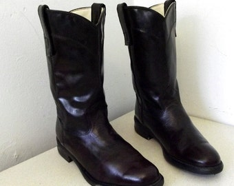 Vintage Texas brand Cowgirl Boots size 5 M Deep Deep Maroon leather