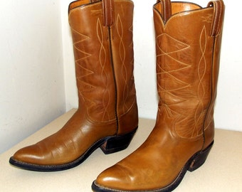 Vintage Tony Lama Cowboy boots - caramel brown leather with zig zag stitched design