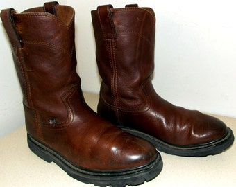 Vintage brown leather Justin Work boots with great tread size 9 M