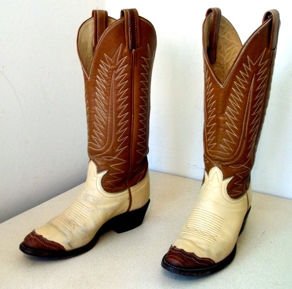 Vintage Tony Lama Cream And Tan Cowboy Boots With Lizard