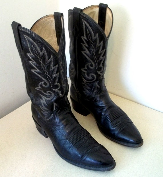 Vintage Dan Post Cowboy Boots size 10.5 D in Black leather or Cowgirl size 12