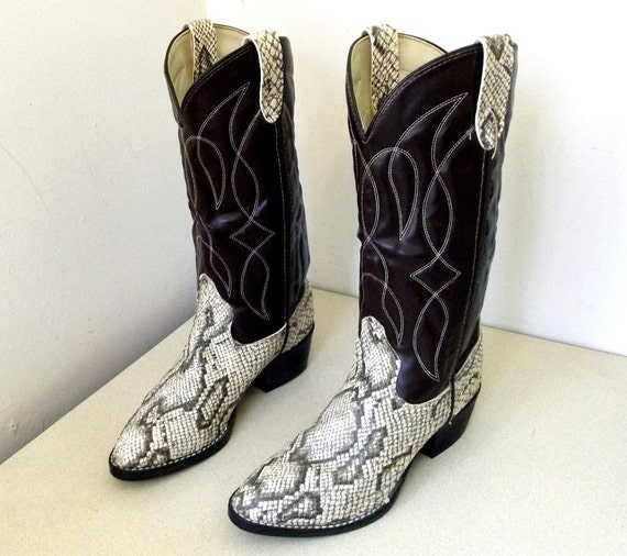 Vintage Bronco brand Cowboy boots in brown and faux snakeskin size 7 D or cowgirl size 8.5  VEgaN FrIeNdLY