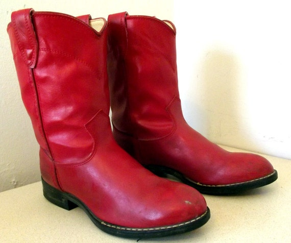Vintage RED  Bronco brand Cowboy Boots size 5 D or Cowgirl size 6.5 VeGaN FrieNdlY