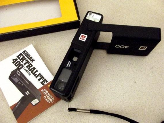 Vintage Kodak Ektralite 400 camera outfit in original box