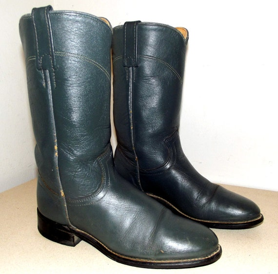 Sweet Vintage Acme brand Cowboy boots in a cowgirl size 6 M
