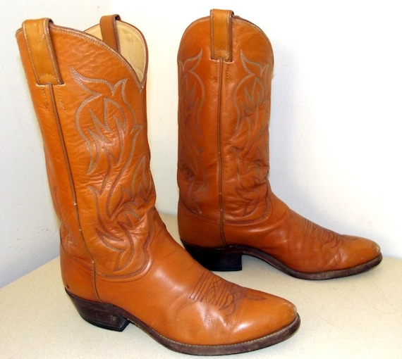 Vintage Justin brand Cowboy boots size 9 d or cowgirl size 10.5