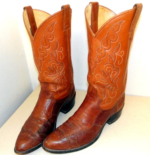 Vintage Justin brand Cowboy boots with snakeskin foot size 9 D or cowgirl size 10.5