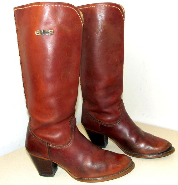 Vintage Zodiac brand western cowgirl boots size 10 with lacing on the back and high heels