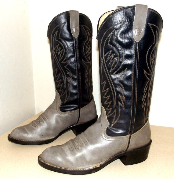 Vintage Vegan Friendly Westex brand Cowboy boots -- blue and grey -- size 7.5 D or cowgirl size 9