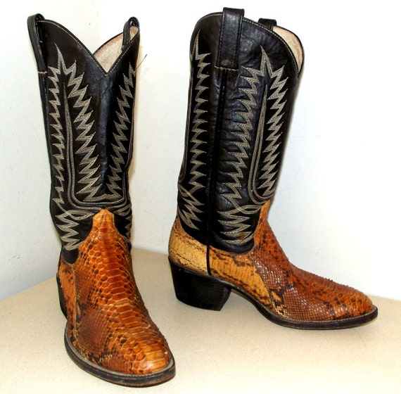 Vintage Black leather and snakeskin cowboy boots size 8.5 or cowgirl size 10