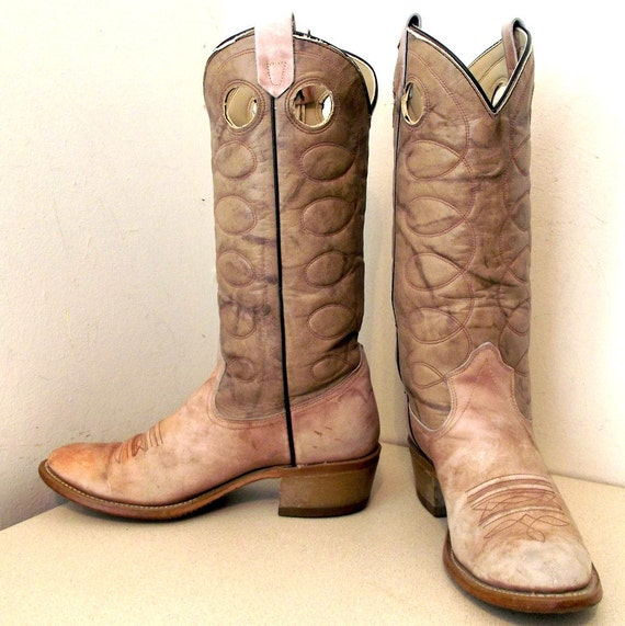 Vintage Grey Oatmeal Cowboy boots size 7 D or cowgirl size 8.5