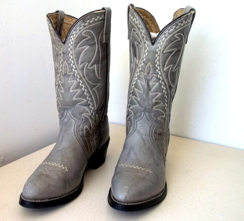 Vintage Knapp brand Gray Cowboy boots with fantastic