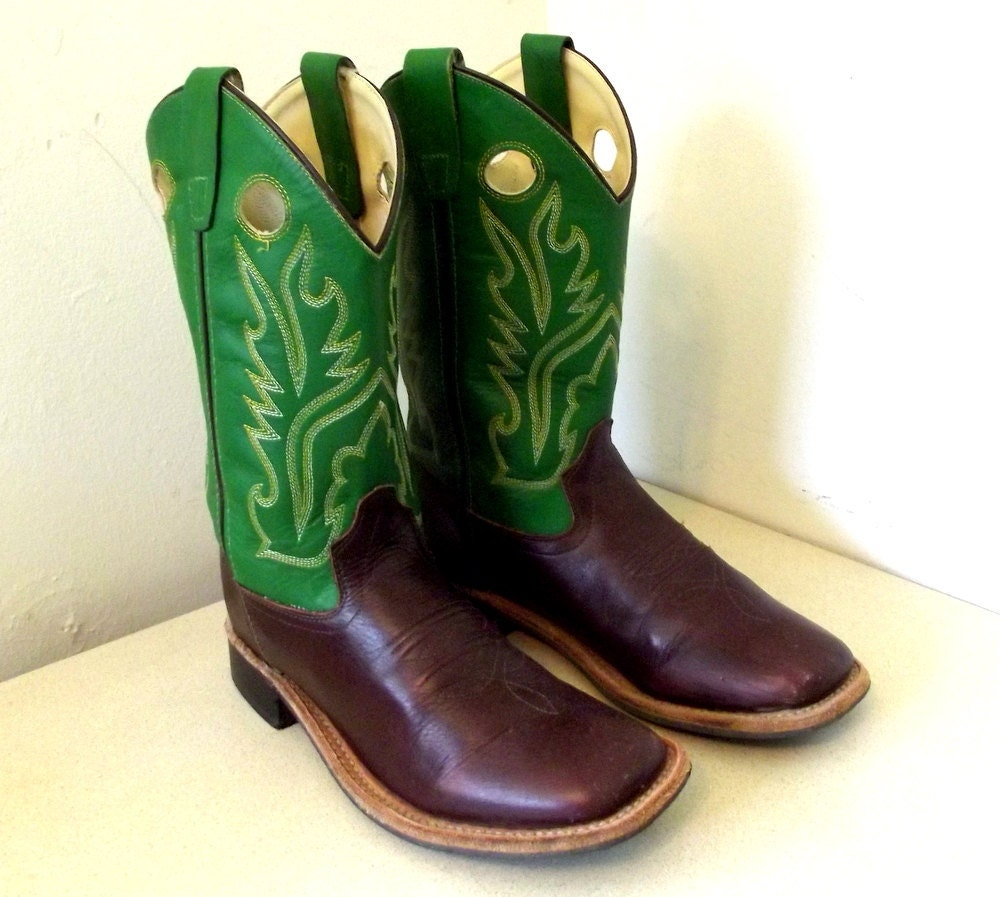Vintage Old West Cowboy boots in Green and Brown leather size
