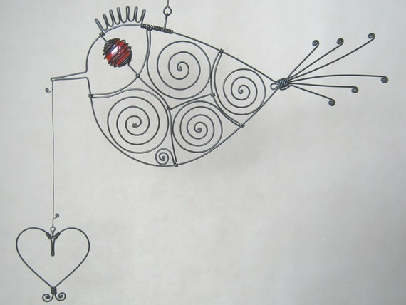 Wire Sculpture Look What I've Got For You Red -Eyed Wire Bird Carrying A Heart