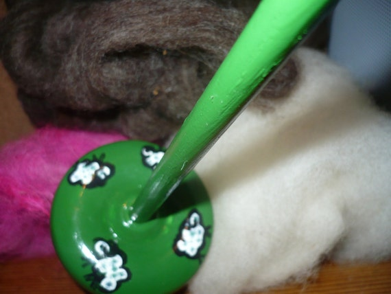 Handpainted Drop Spindle with 2.3 oz Fiber kit