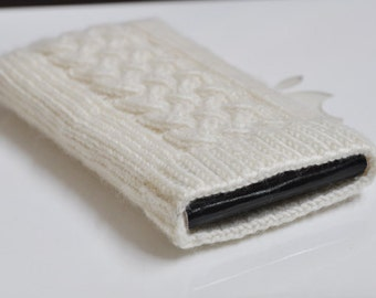 Hand Knit iPhone 5G iTouch Sock Cozy Case - Irish Aran