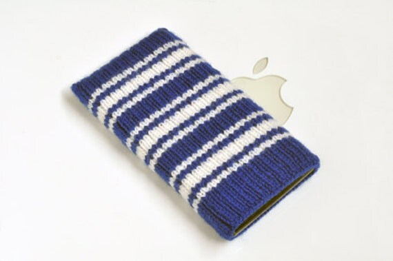 Hand Knit NHL Toronto Maple Leafs 3 Stripe iPhone/iTouch/iPod Classic Hockey Sock Cozy Case