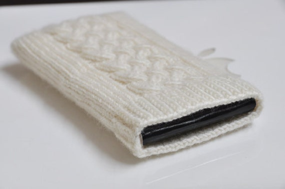 Hand Knit iPhone 5G iTouch Sock Cozy Case - Irish Aran