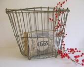 vintage egg, vegetable gathering basket, large by rollinghillsvintage on Etsy