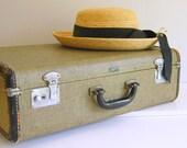 Antique Suitcase Khaki Wedding Decor