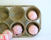 Metal Muffin Tin Antique RollingHillsVintage