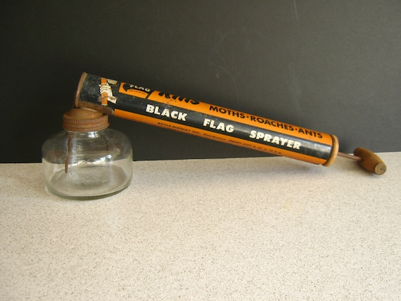 Black Flag Sprayer Insect Fumigator Vintage