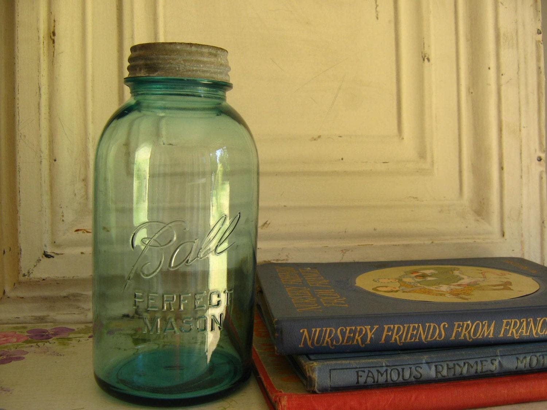 antique blue ball perfect mason jar large. Black Bedroom Furniture Sets. Home Design Ideas