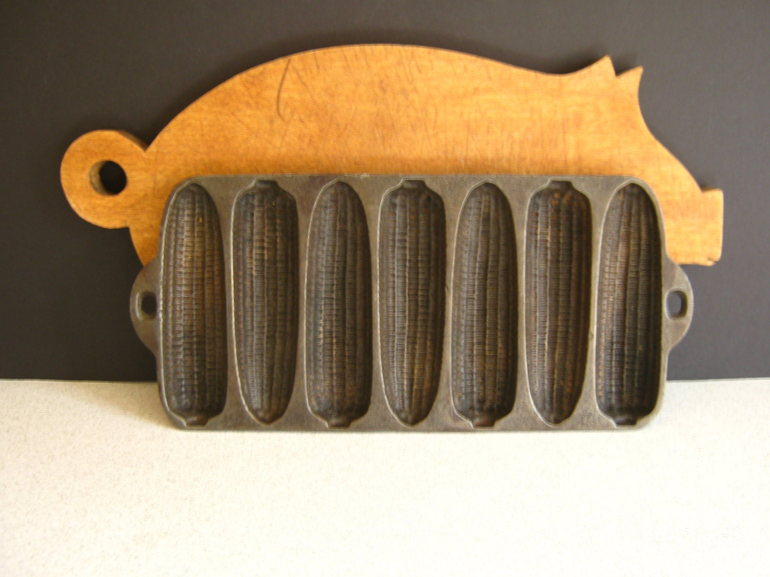 Cast Iron Cornbread Fritters Pan Farmhouse by RollingHillsVintage