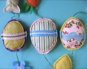 Cheery Easter Garland