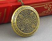 Vingtage Bronze Large Locket, Round Floral Flower Locket,Romantic  Filigree Neo Victorian Locket Necklace-HEIRLOOM