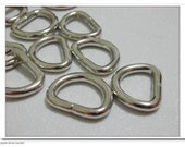1/2 inch  (3.0mm thinckness) D ring 30pcs per bag AC41