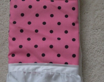 Pink w\/black polka Dots