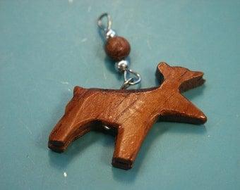 Lot of 10 handworked vintage 1970s hard-to-find brown teak wood elg charms/pendants with metal loops