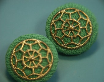 Lot of 2 highly unusual vintage 1960s unused grass green fabric/ metal buttons for your sewing prodject