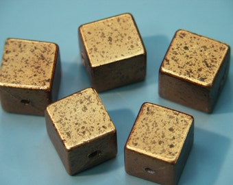 Lot of 5 unusual large  vintage 1970s unused gold foiled squarelucite plastic beads for your beading prodjects