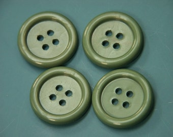 Lot of 8 vintage 1980s unused green plastic buttons for your sewing prodjects