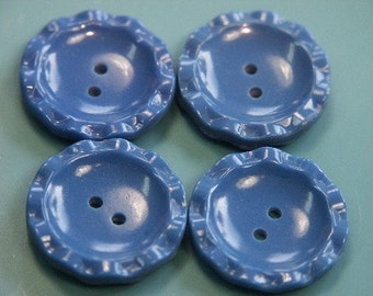 Lot of 7 vintage 1950s unused clear blue plastic buttons for your sewing prodjects