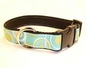 Retro Blue and Green Circles Medium Dog Collar